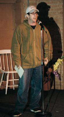 Jamie Lissow at Daily Perks on December 18, 2001